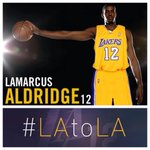 Hey #LaMarcusAldridge this just looks right. You have to admit it. RT if you want #LAtoLA http://t.co/rFQmRFS9mf