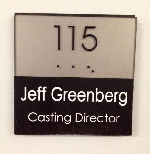 1st day back @ModernFam #Season7 http://t.co/oYU4klwzj2