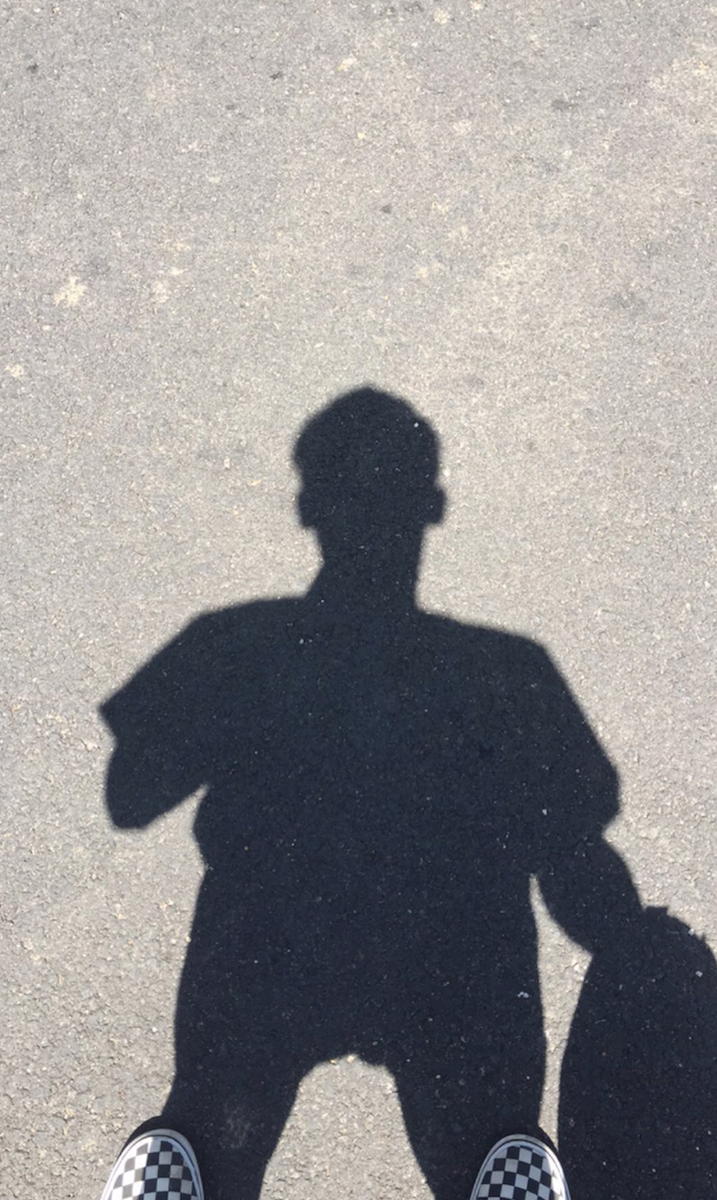 Me + my shadow. #snapchat http://t.co/d2kPIIkbyk