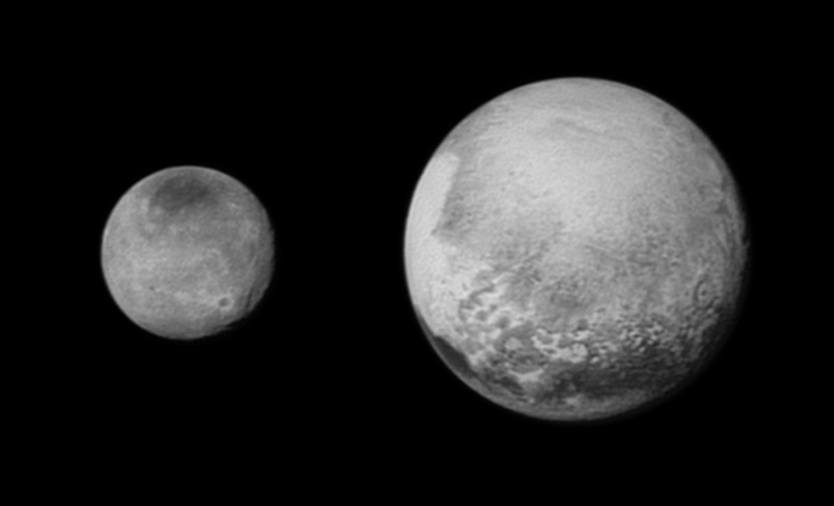 Ultimísima imagen llegada de New Horizons, del día 12 a las 08:50 GMT a 2,5 millones de kilómetros. http://t.co/baOxufb5wy