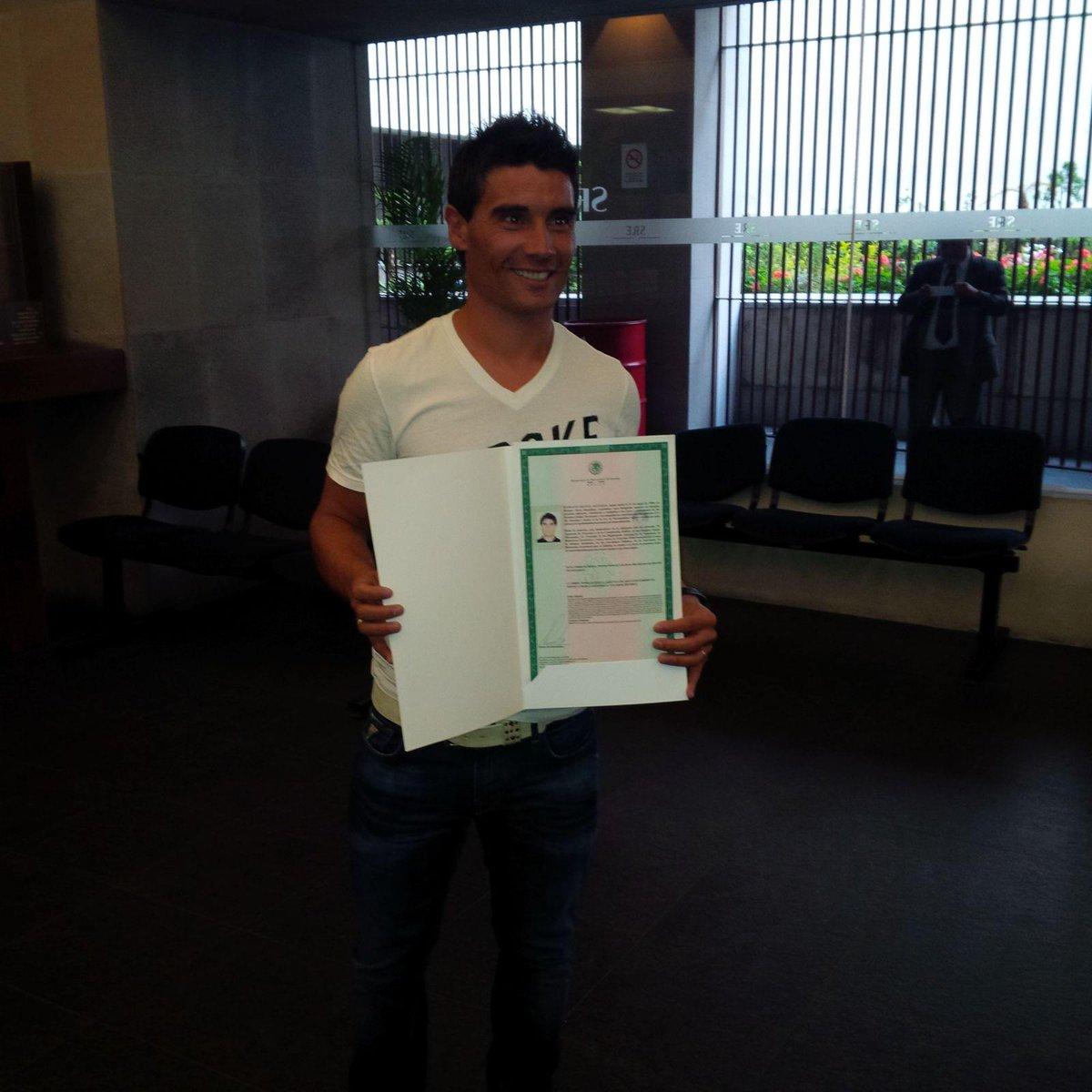 Nuestro @chavoalustiza ya es Mexicano!!! Somos muchos... más que 11!!! http://t.co/VMcub2Trmh