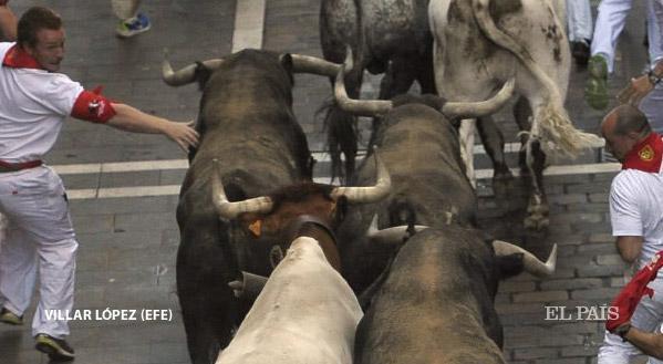 ULTIMO ENCIERRO de Pamplona con Toros de Miura - SANFERMINES 2015