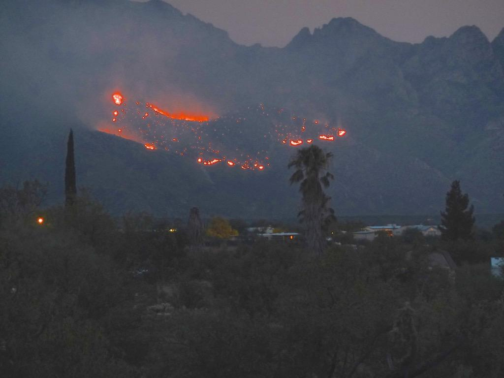 Lightning struck the Santa Catalina mountains at Catalina State Park in Oro Valley, AZ yesterday! Please pray! http://t.co/HtSJHwtqiS