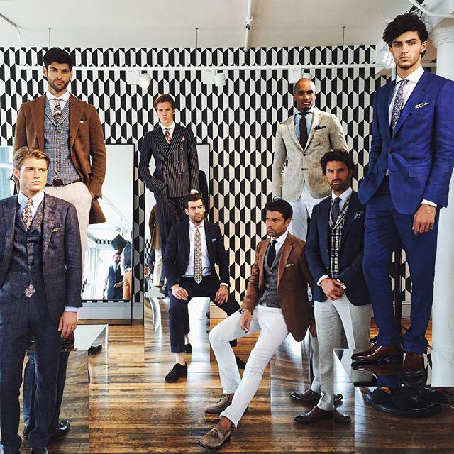We spy @Steve_Kells in the @suitsupply #SS16 presentation for #NYFWM. http://t.co/ZJ9dCIKnvW