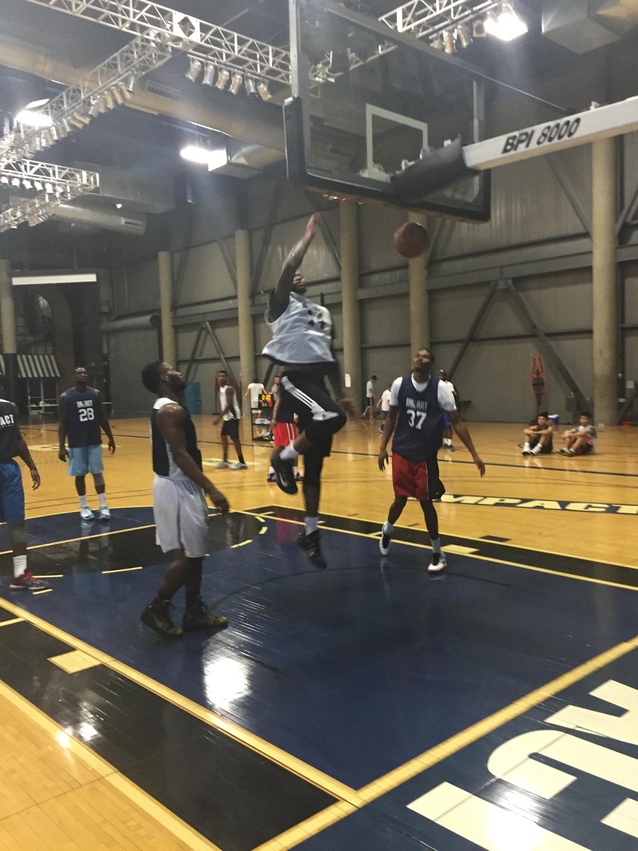 .@boogiecousins for an easy two down lane...his moves get quicker and the game gets easier for this guy #summerwork http://t.co/2T6wvtNEqt