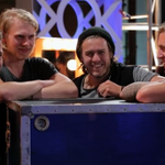 You know the drill…RETWEET if you want @3ShadesBlueBand on Live Shows! #AGT
