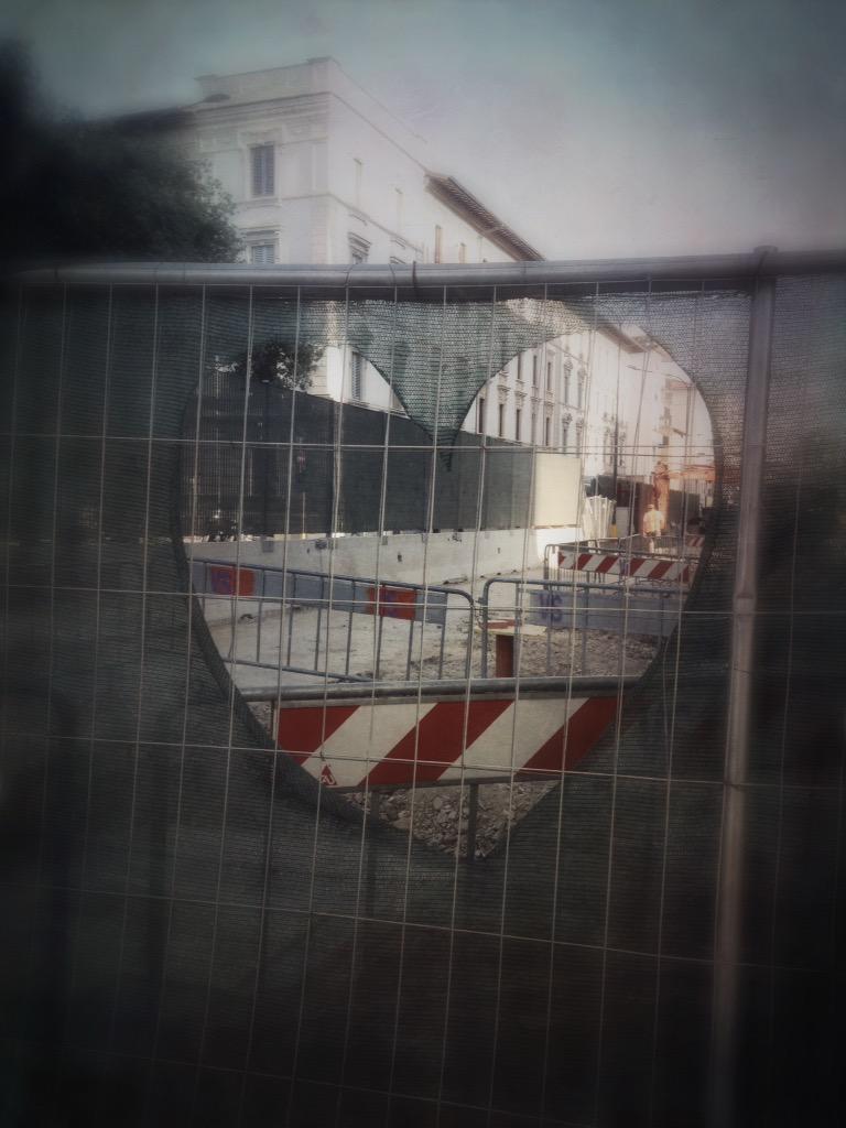"""RT @destinograzia: #Firenze Romantica #Tramvia http://t.co/NKxRA8m7tM<a target=""""_blank"""" href=""""http://t.co/NKxRA8m7tM""""><br><b>Vai a Twitter<b></a>"""