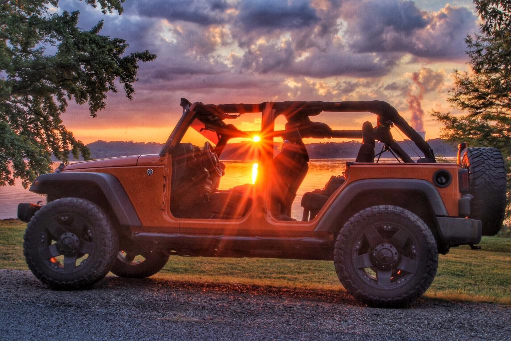 Explore with Mother Nature on #WranglerWednesday. (Photo cred: Eric T). http://t.co/4l3DzgQOVj