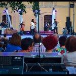 #AraMalikian #sarasatelive now #Ciudadela #Pamplona #VayaSemanita http://t.co/ozikLI6K5S