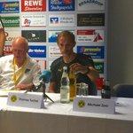 Thomas #Tuchel während der Pressekonferenz in #Rhede. #BVB http://t.co/NEqNpuzeP8