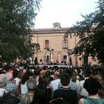 "Espectacular ""No Surprises"" de Radiohead con @AraMalikian en #SarasateLive http://t.co/s4E6mXQZT0"