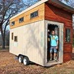 Student builds his own tiny home to avoid graduate debt http://t.co/SKGtsz4smS http://t.co/sqdvtGVFMi