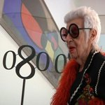 "#IrisApfel, convidada dhonor al @080_BCN_Fashion: ""Una gran sorpresa, ser famosa als 93 anys"" http://t.co/7wFr8TMnpw http://t.co/Rl5juMmrN5"