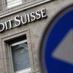 Los millonarios Chorizakis Griegos tienen en Suiza 240.000 millones de €. Alguien lo ha visto en el telediario? #OXI http://t.co/PsJ0pYMgiw