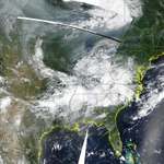 HAZY SKY! Smoke from #Saskatchewan wildfires being picked up on satellite again this Friday across Minnesota. #MNwx http://t.co/dGOCXkVugC