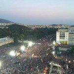 Clamor en las calles de Atenas pidiendo el NO. Basta de especular con la vida de la gente. #Greferendum #OXI http://t.co/OR1pKS9MRo