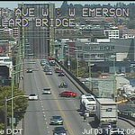 The #Ballard Bridge has been closed to traffic for 30+ minutes after malfunction. Avoid 15th Ave W! #Q13FOX http://t.co/DT39uTujvE