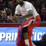 Reports: DeAndre Jordan, Mavs agree to 4-year, $80 million deal http://t.co/yEUP7ImsJr http://t.co/Mm1HqH2jx2