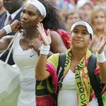 """Serena stunned by partisan Wimbledon fans - """"I never saw a crowd like this"""" http://t.co/mIOCXsNm5V http://t.co/AAQ5bgHiwZ"""