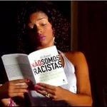 A ironia do caso da moça do tempo é que o chefe de jornalismo da Globo fez um livro chamado Não Somos Racistas. http://t.co/8wur9PcWvf