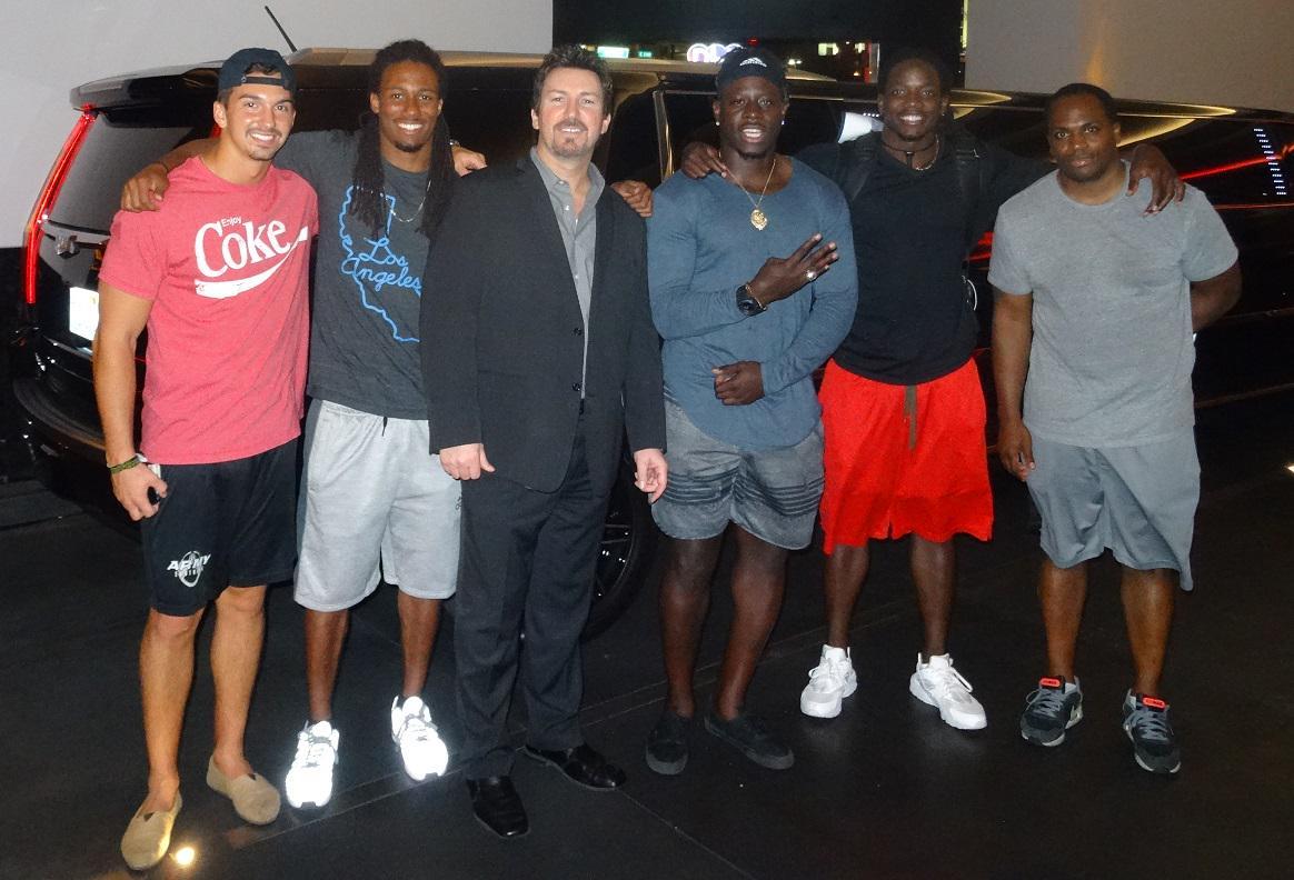 New #NFL in #Vegas w/ @TWaynes_15 @Melvingordon25 @JayTrain27 hanging w/ me @AndiamoLV for dinner http://t.co/cmufsO7YOj