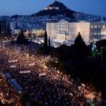 Buenas noches a todos, Muchas GRECIAS, ser felices.. Una preciosa imagen para la esperanza.. #OXI #FuerzaGrecia http://t.co/Xg3S5mNU6l