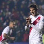 Guerrero empata con cuatro goles a Vargas como máximo goleador de la Copa América #Chile2015 http://t.co/p91Mh8I4Ml http://t.co/HkLNmaCOo2