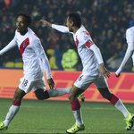 #Perú se quedó con el bronce de la #CopaAmérica al derrotar 2-0 a Paraguay http://t.co/gSdjLGUULM http://t.co/CV6TRhGoa4