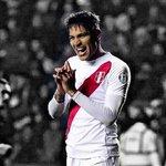 Máximos goleadores de Selección Peruana: ✔ Teófilo Cubillas - 26 ✔ PAOLO GUERRERO - 25 ¡Goleador de raza, Paolo! ????⚽ http://t.co/HQHIGqQT8A
