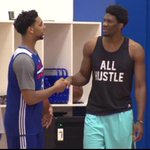"Jahlil Okafor is listed at 611"", 275lbs. Now look at Joel Embiid. http://t.co/JaBZu0e6bi"
