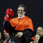 A universidade não sobrevive com esses cortes, diz novo reitor da UFRJ. http://t.co/hEacj6w1Un http://t.co/Rgf3lNhuuv