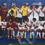 Gran grupo sin duda una familia Gracias Profe  Próxima objetivó Rusia #SiSePuede  #CopaAmericaChile2015 #Concepción http://t.co/5Sf6K9JWuD