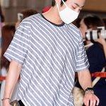 EXO、SMTOWNコンサートのため日本へ(4日、金浦空港) http://t.co/F02SDloj9e