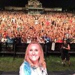 OMG...@FairSaintLouis was insane!! Over 10,000 in the #Etheridgenation tonight so 3 #melfie s!! Whooo hooo!!! http://t.co/sXBwK6gVQk