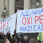 Melbourne protesters stand in solidarity with Greece http://t.co/CKq1xqROQ5 #greekreferendum http://t.co/kFeeVapz9J