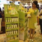 Yuk, dtg ke booth @Sariayu_MT di @kotakasablanka & dptkan spesial promo utk pembelian Putih Langsat #NgashowSariAyu http://t.co/9h78ji7PoZ