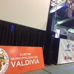 Todo listo para la gran zumbaton @munivaldivia y @austral_losrios con @YamnaLobos #valdiviacl coliseo @Omar_Sabat http://t.co/CMUmfEuMyN
