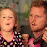 ICYMI: Dad distracts adorable little girl from fireworks fears by singing with her. - http://t.co/aIr8ENUHqM http://t.co/QUkc1Y3Oti
