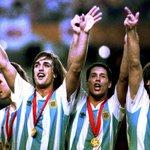 Hoy pero en 1993, #Argentina ganó su última Copa América, le ganó 2-1 a México. Doblete de Batistuta. http://t.co/gDwTuivTSy