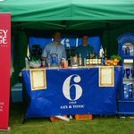 Rocking Thornbury carnival http://t.co/oUvoFlOcZb