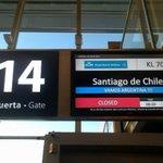 Que genios mis amigos de @KLM_AR !!! #aeropuertoEzeiza #EZE-SCL #VamosArgentina!!!!! #CopaAmericaChile2015 #ARG ???????? http://t.co/noABtzsH2q