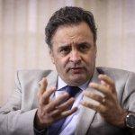 'Dilma a cada dia perde capacidade de governar', diz Aécio Neves. http://t.co/mFHH6x0O2F http://t.co/yhk8RhHrIn