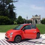 Oggi Milano si tinge di rosso corallo con la #Nuova500 ????#500Day @fiatontheweb http://t.co/kSuwgpUja8