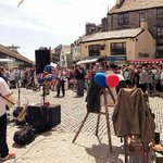 Jessica and The Rabbits @JATRmusic drawing the crowds #Plymouth #Barbican #SuttonHarbour @ExperienceSH @britainsocean http://t.co/oL01tMiqYK