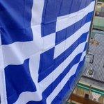 Lagggente pensa ai #saldi Gli uomini liberi si battono per il futuro! #OXI #FREEGREECE #Greferendum #IoStoConLaGrecia http://t.co/wMDLdURAt4