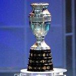#EncuestaDEPORTV | ¿Quien se quedará con la copa en #Chile2015? RT: #ARGENTINA / FAV: #CHILE http://t.co/P4pWwwOGqu