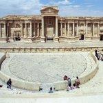 Estado Islâmico mostra execuções em cidade histórica na Síria. http://t.co/l739xhYXQN http://t.co/PGrzaE8bbH