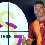 .@Galatasaray have sealed the signing of @Podolski10 from @Arsenal on a three-year deal http://t.co/4K8ssyDeZg http://t.co/nZ1reCJig4