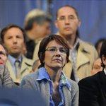 Twitter se llenó de bromas sobre la estafa a Sandra Russo http://t.co/NxH1mcKXA8 http://t.co/OMTOeAYXxU