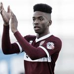 Newcastle United are close to signing 19-year-old Northampton Town striker Ivan Toney for £300,000. http://t.co/hGWn8nV5wr